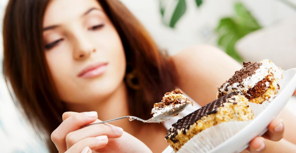 Zucchero e dolci alterano il metabolismo dei grassi nel fegato
