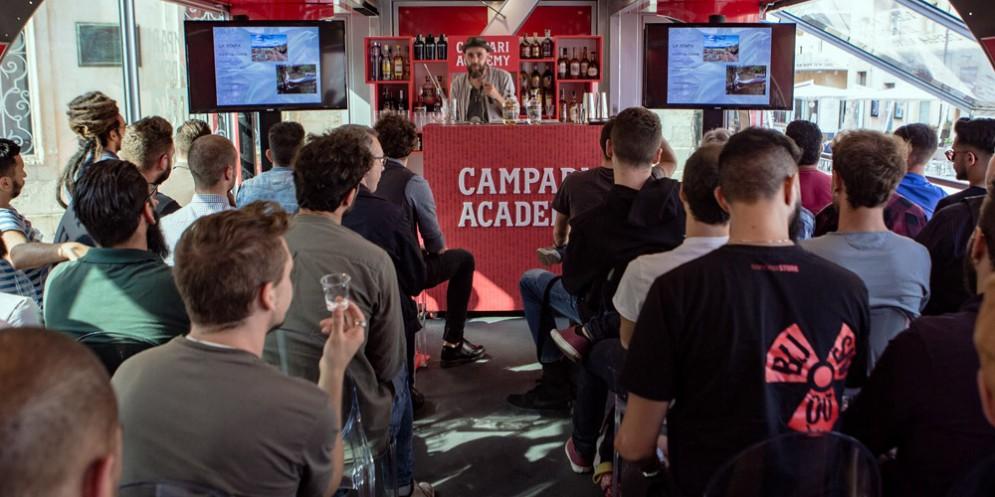 Campari Academy sbarca a Udine con il suo Truck