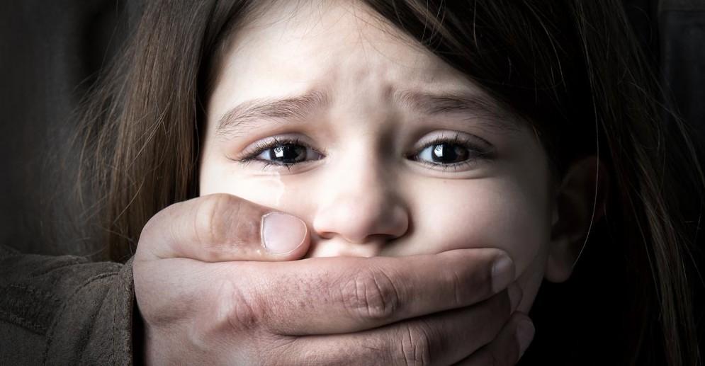 Violenza sui minori