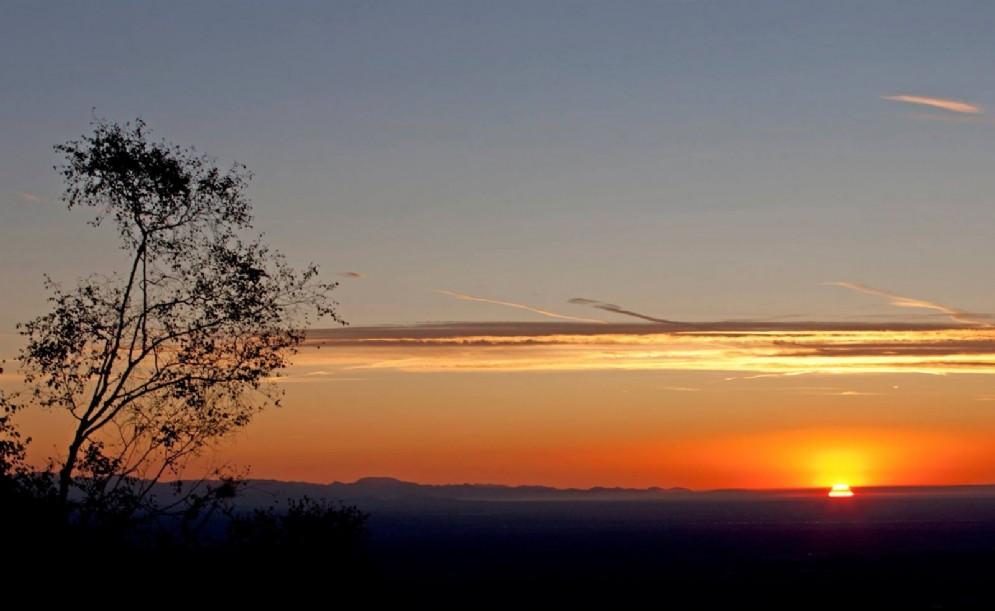 Bellissimo tramonto. Oasi Zegna