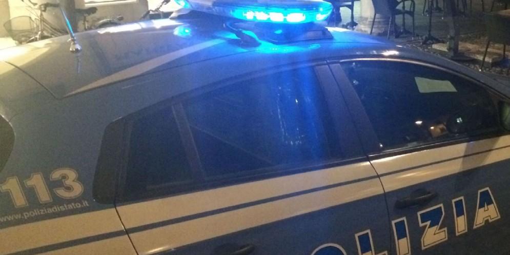 Un accendino scatena la violenza in viale Europa Unita: due arresti