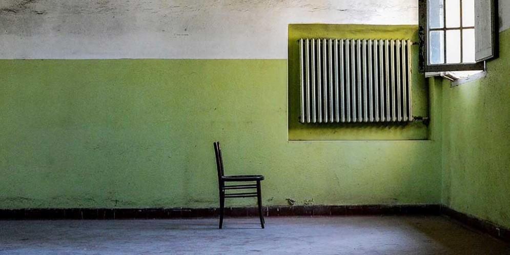 'Oltre le porte': le foto di Ulderica Da Pozzo raccontano l'ex manicomio di Sant'Osvaldo
