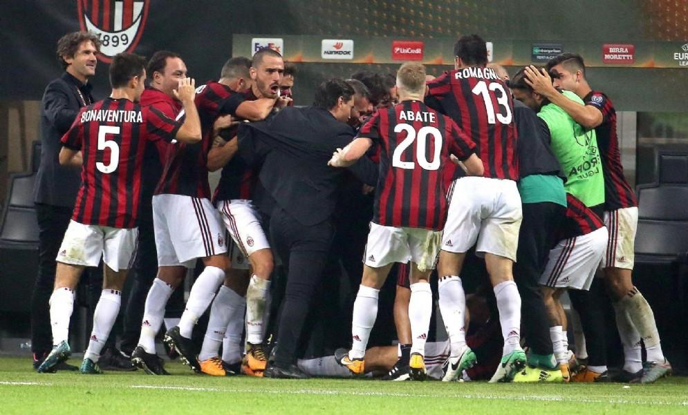 La gioia dei rossoneri dopo il gol vittoria di Cutrone contro il Rijeka