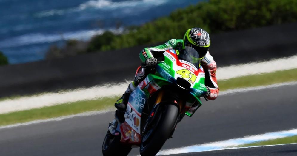Aleix Espargaro in azione nel Gran Premio d'Australia
