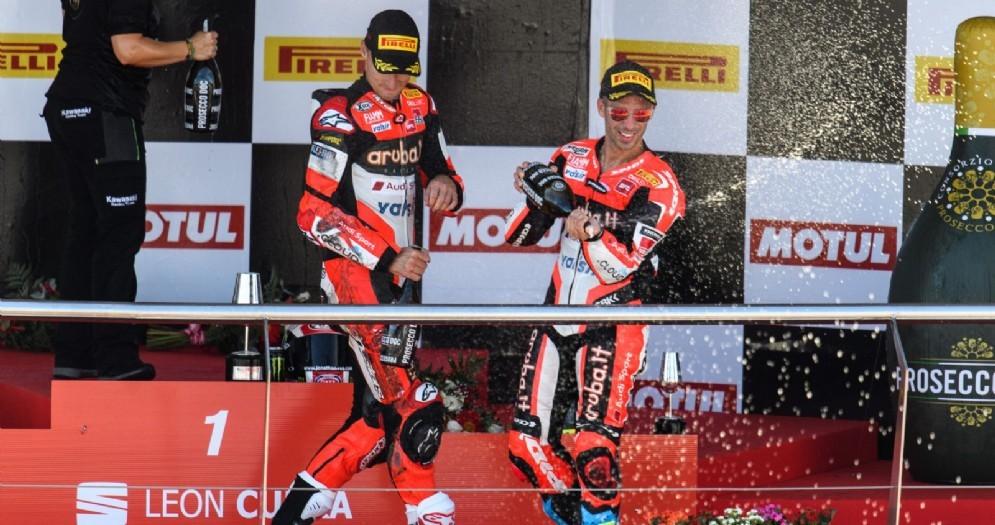 Chaz Davies e Marco Melandri sul podio di Jerez
