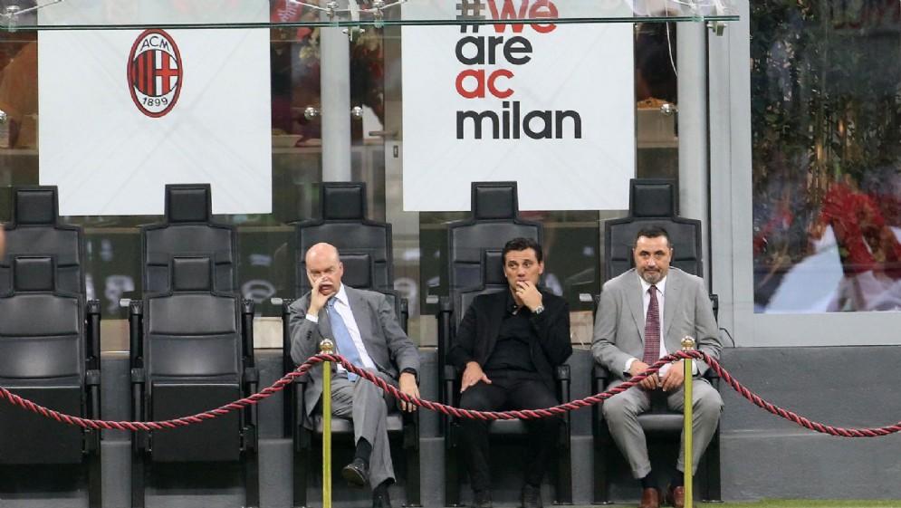 Fassone e Mirabelli con l'attuale tecnico rossonero Vincenzo Montella