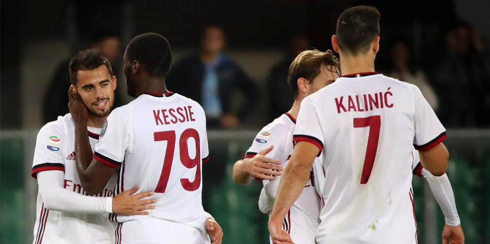 La gioia dei rossoneri dopo il primo gol di Suso