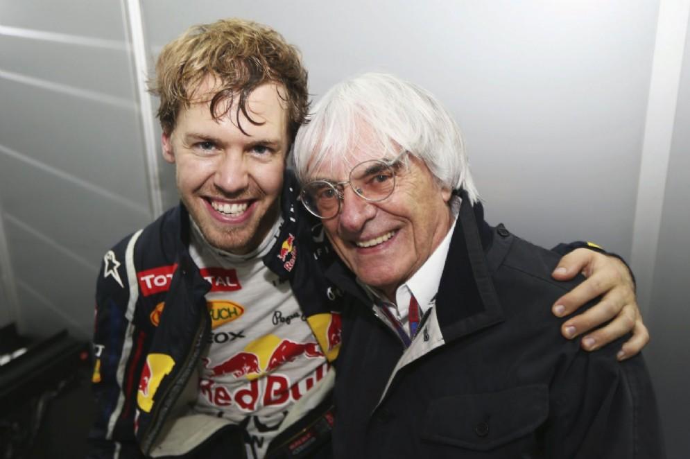 Bernie Ecclestone con Sebastian Vettel