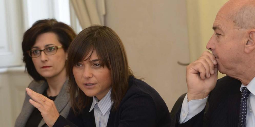 Ferriera, Serracchiani: «Se le azioni dell'azienda sono inefficaci rimane la diffida»