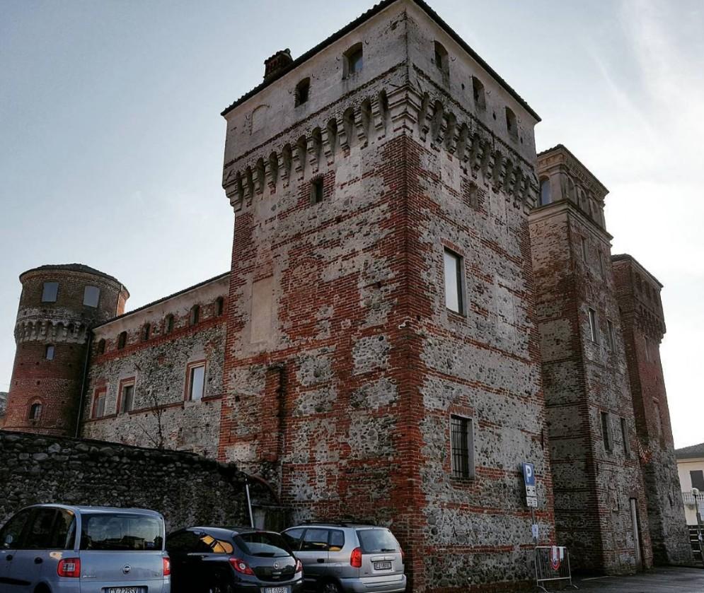 Castello di Ozegna