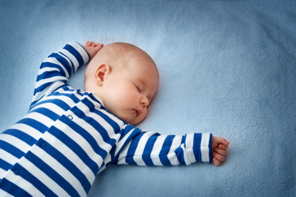 Il pigiamino luminoso per l'ittero neonatale