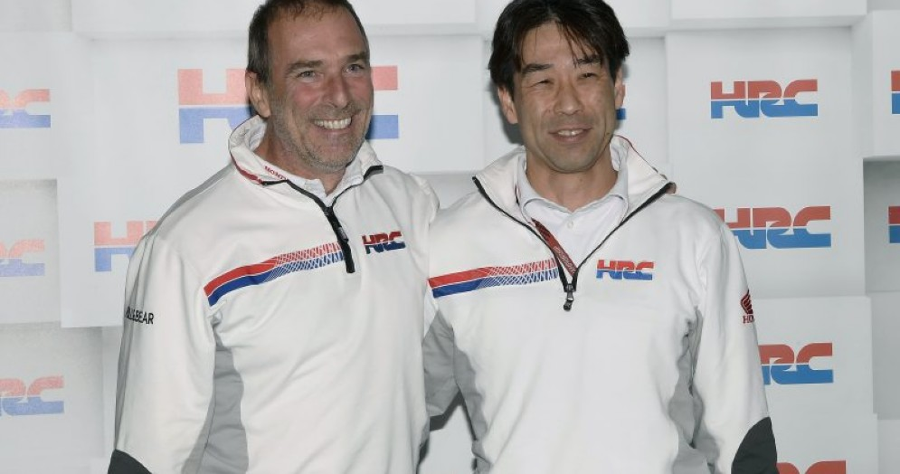Livio Suppo con il direttore di Hrc, Tetsuhiro Kuwata