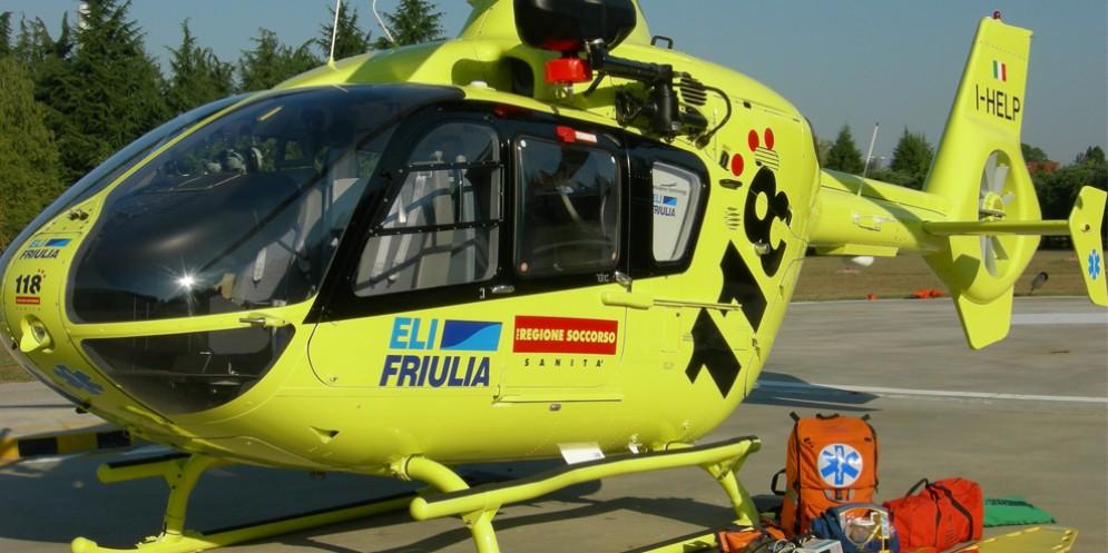 Incidente fra due auto a Buja: a bordo anche un bimbo di 9 mesi