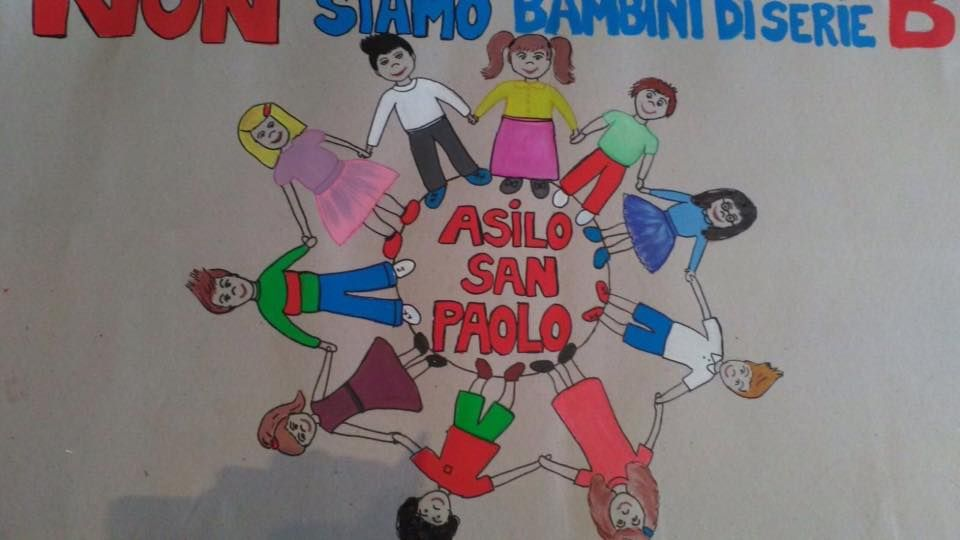 Asilo San Paolo, striscione eloquente