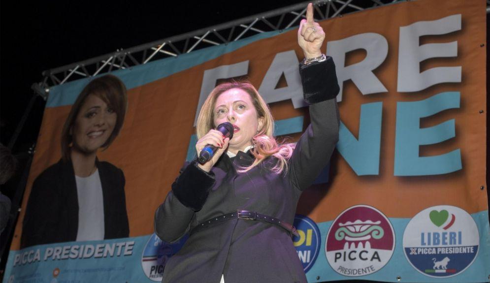 Giorgia Meloni alla chiusura della campagna elettorale a Ostia