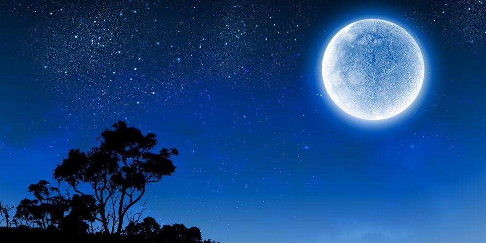 Torna la 'Superluna', l'unica visibile nel 2017
