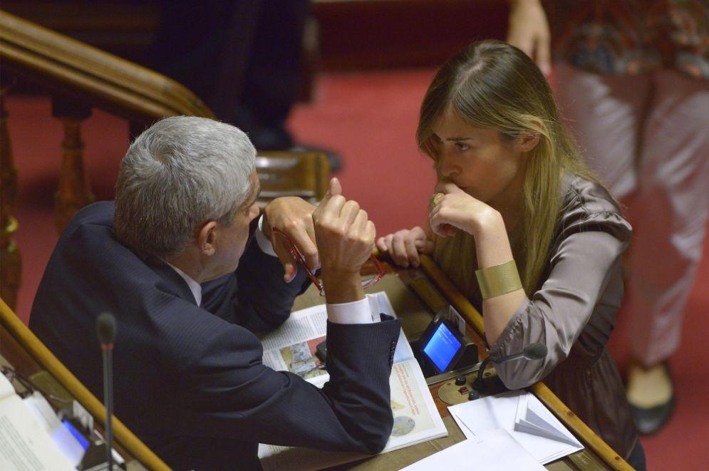 Il presidente della Commissione d'inchiesta sulle banche, Pier Ferdinando Casini, con Maria Elena Boschi