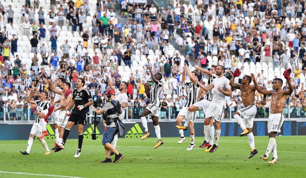 Un'immagine di festa della Juventus 2017-2018