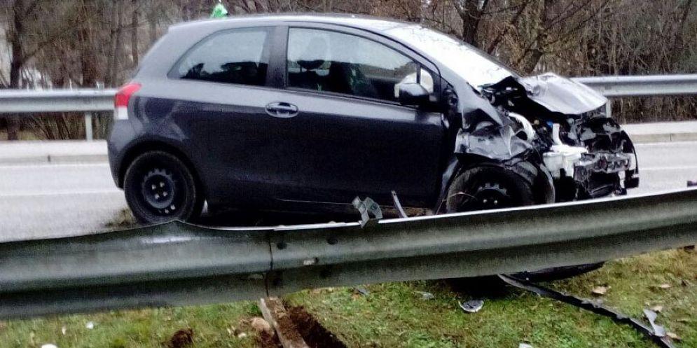 Auto si scontrano sulla regionale 356: due persone in ospedale
