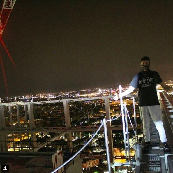 Gli scatti in cima ai grattacieli e tetti di Torino