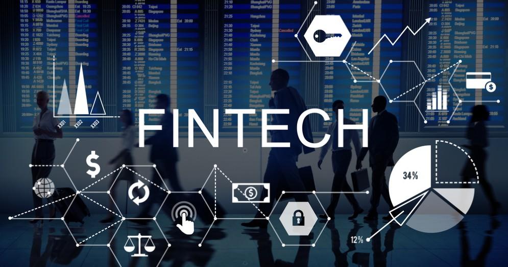 La tecnofinanza, che oggi comunemente chiamiamo FinTech, sta davvero rivoluzionando le abitudini dei risparmiatori