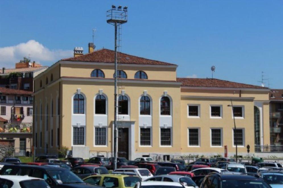 Due giorni di chiusura per la biblioteca civica - Biblioteca porta venezia orari ...