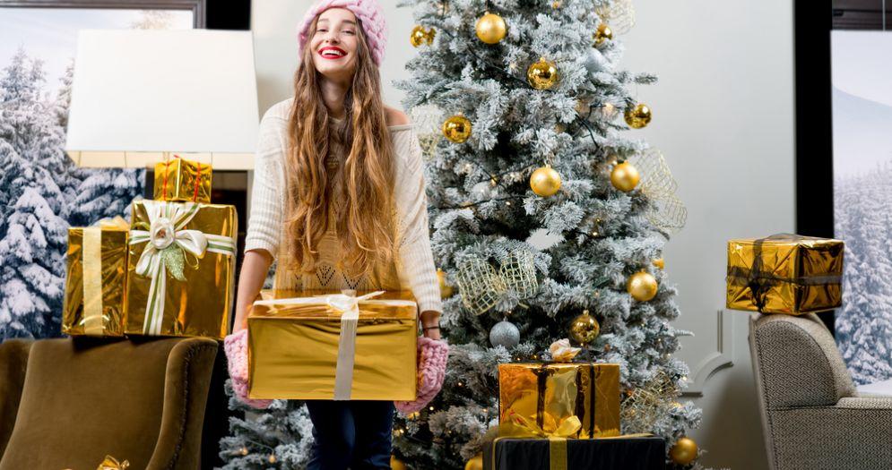 Il 57% degli intervistati per Natale sceglierà di regalare un prodotto d'abbigliamento