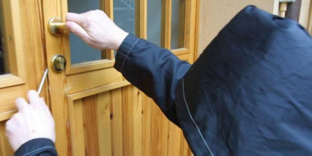 Furto in città: preso di mira l'appartamento del gestore dell'osteria 'Da Michele'