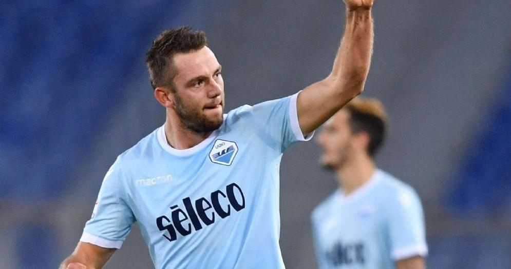 Stefan De Vrij, difensore della Lazio e della nazionale olandese
