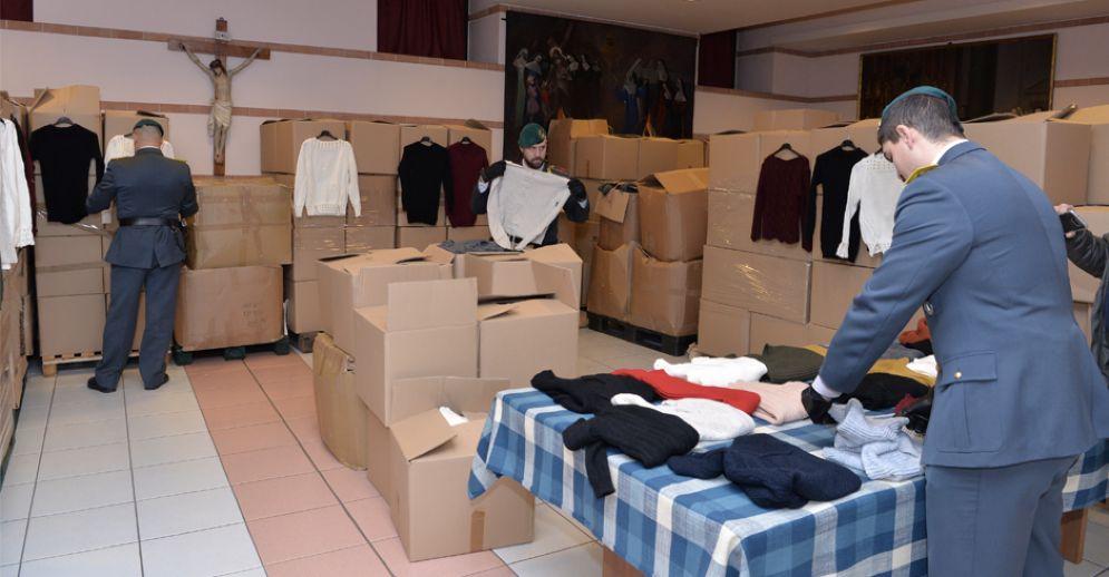 Gli abiti donati al Cottolengo