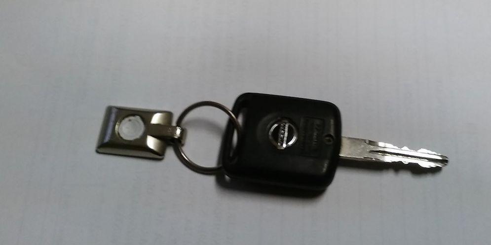 Le chiavi ritrovate e consegnate ai carabinieri