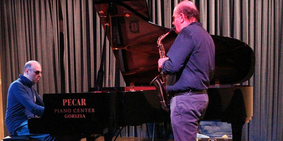 Al Carso in Corso di Monfalcone il nuovo concerto di Jazz in Progress con il duo Agresti Costantini