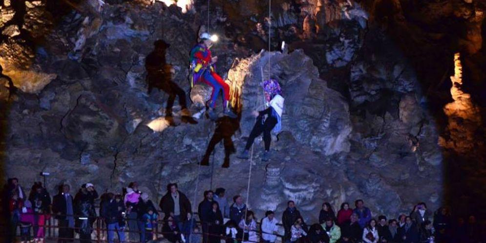La Befana torna a far visita alla Grotta Gigante