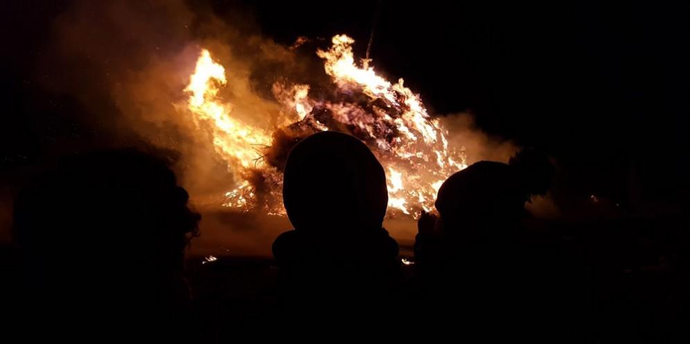 Fagagna - Pignarûl: i fuochi epifanici del Friuli bruciano e salutano l'anno nuovo!