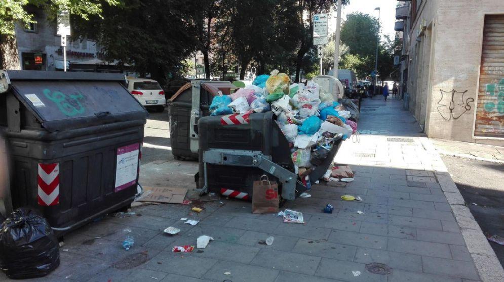 Il fronte dei rifiuti è sempre più caldo a Roma