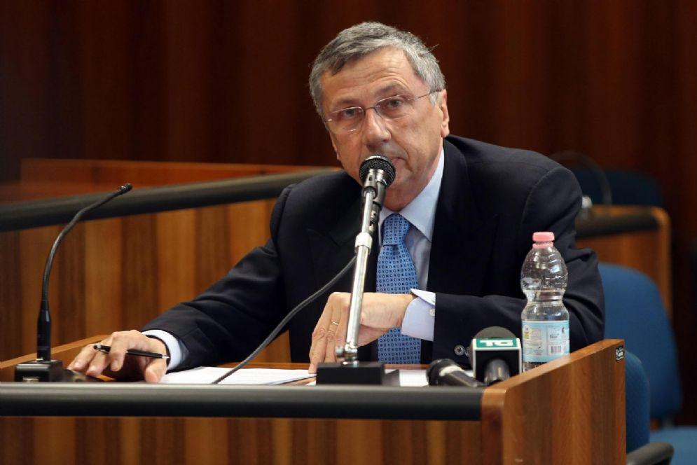 Il CEO di Finmeccanica Giuseppe Orsi a processo