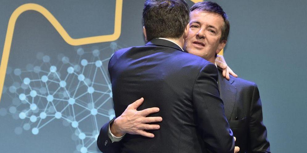 L'abbraccio tra Matteo Renzi e Giorgio Gori.