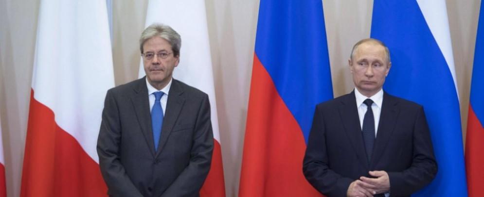 Il premier Paolo Gentiloni e il presidente russo Vladimir Putin