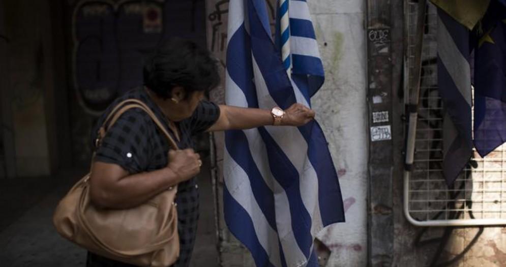 Grecia nella fase finale: all'asta sul web tutto ciò che si può vendere, anche le case private