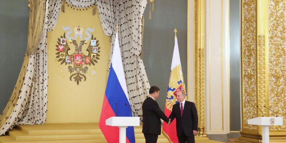 Il presidente cinese Xi Jinping e il suo omologo russo Vladimir Putin.