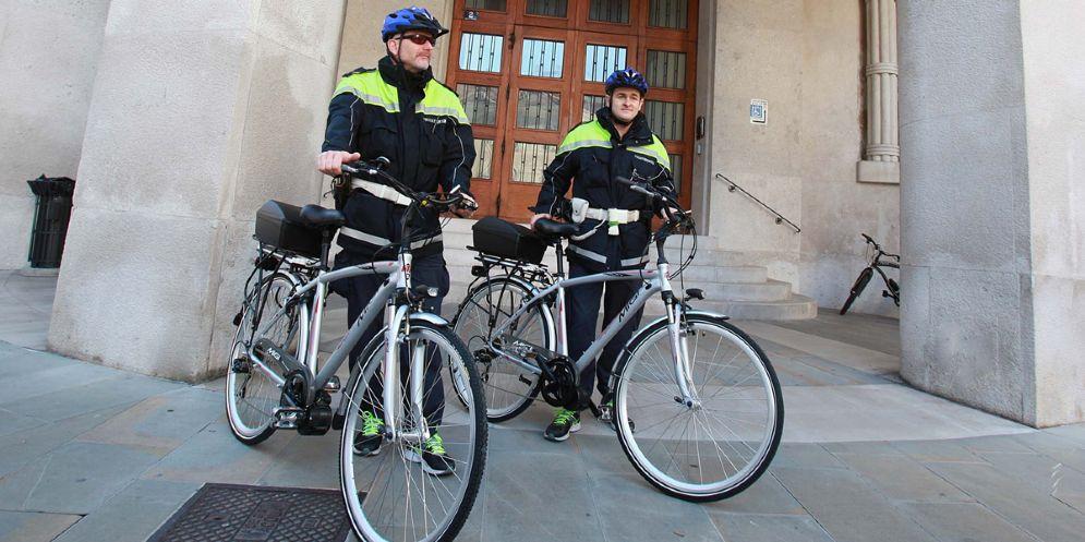 Due biciclette a pedalata assistita per la Polizia locale