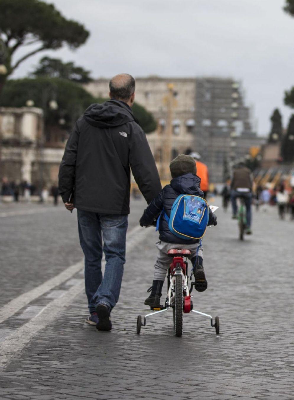 Blocco delle auto per la domenica ecologica nel centro di Roma, 21 gennaio 2018. ANSA/MASSIMO PERCOSSI