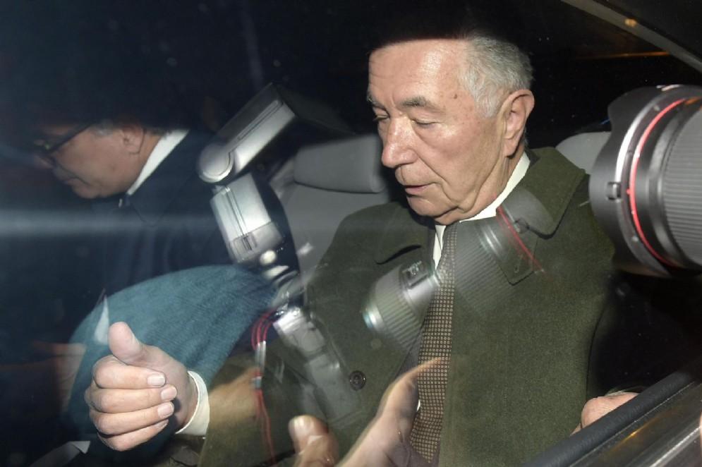 L'ex presidente della Popolare di Vicenza Gianni Zonin al termine dell'audizione alla Commissione parlamentare di inchiesta sulle banche