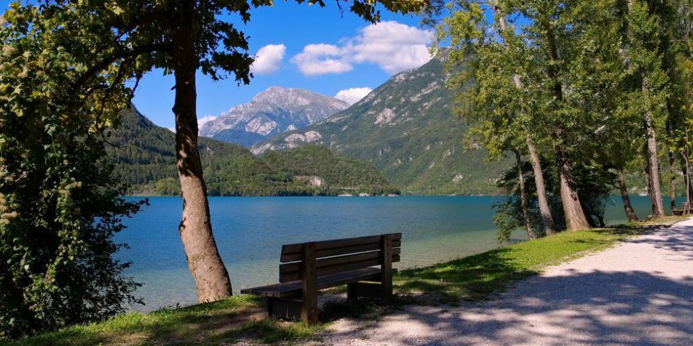 Un concorso di idee per ripensare il lago dei tre Comuni