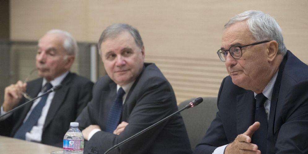 Da sinistra, Giuliano Amato, il Governatore della Banca d'Italia, Ignazio Visco e il vicedirettore generale di Banca d'Italia, Pierluigi Ciocca