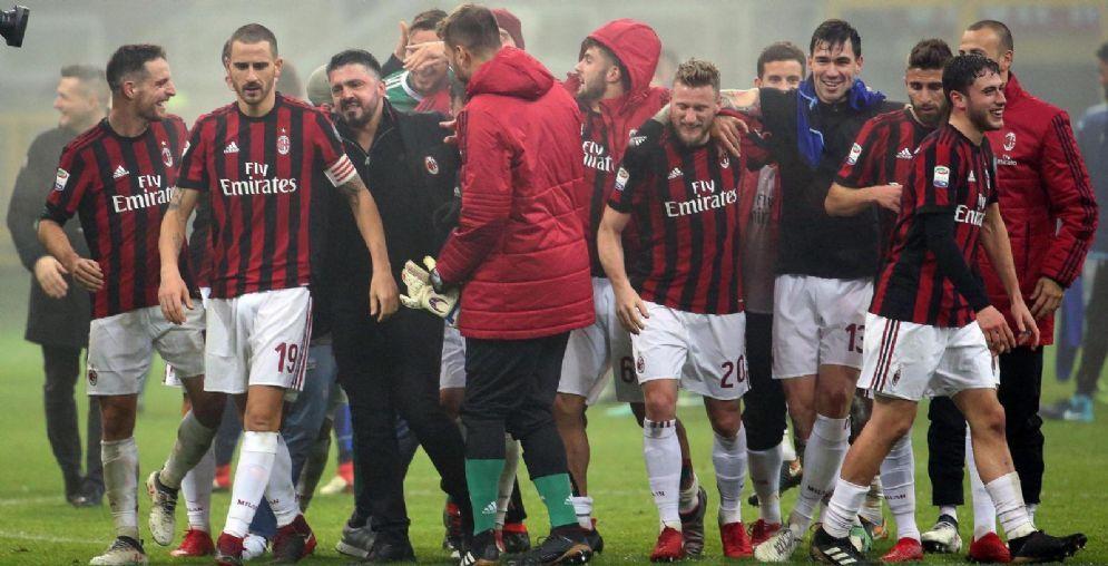 La gioia dei rossoneri dopo la vittoria contro la Lazio