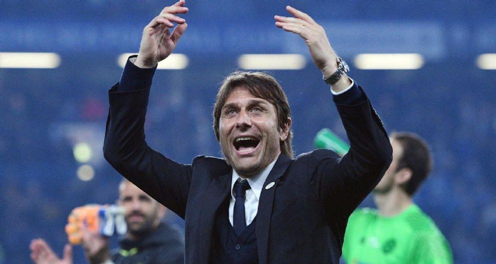 Antonio Conte, secondo anno sulla panchina del Chelsea