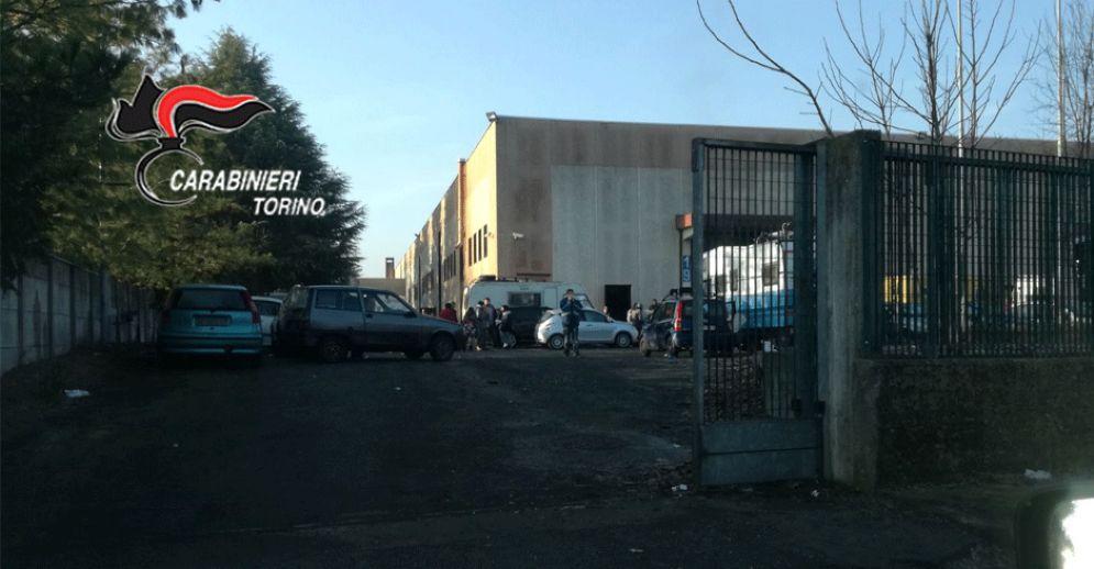 La fabbrica in cui è in corso il rave party