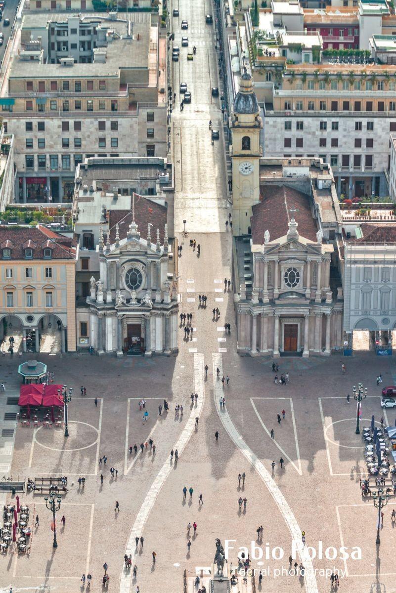 """Il Caval ëd Brons e le """"chiese gemelle"""": piazza San Carlo, il Salotto di Torino"""