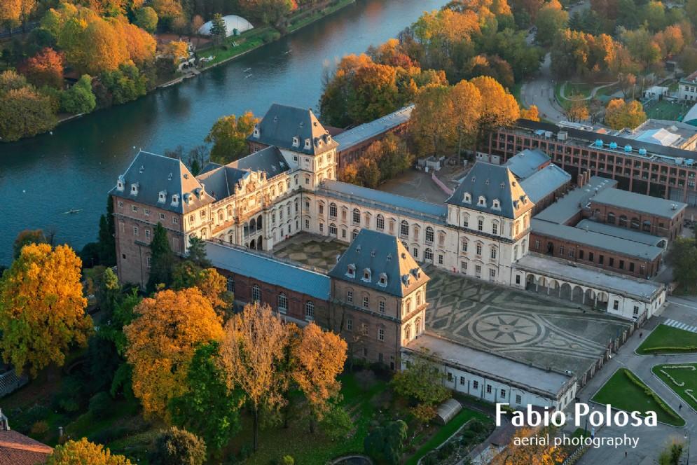 Il Castello del Valentino e il fiume Po